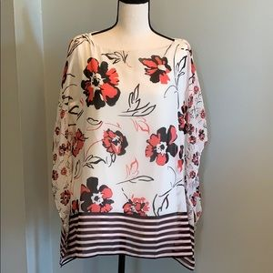 Flowing sleeve blouse